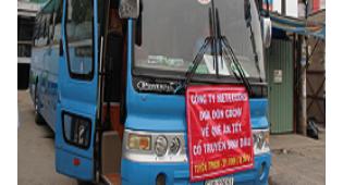 Meteccons tổ chức xe đưa đón nhân viên về quê ăn tết